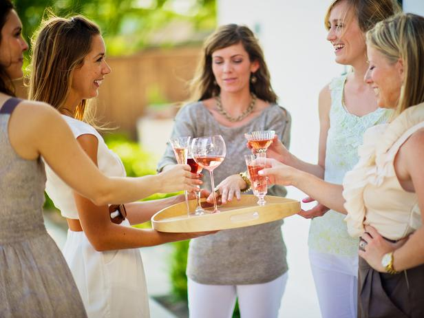 Original_Photography-by-Michael-Bullock-party-planning-essentials-Camille-Styles-relaxed-host_s4x3_lg